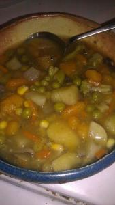 veggie soup with peas and carrots