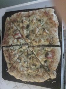 chicken garlic pizza cut